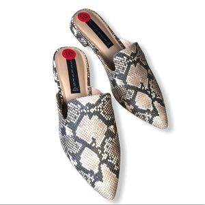 NEW Steve Madden snake skin mules slip on shoes